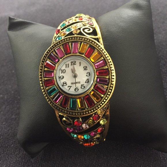 Quartz jeweled watch